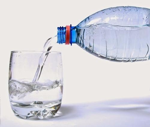 kurangkan makanan bergula dengan air